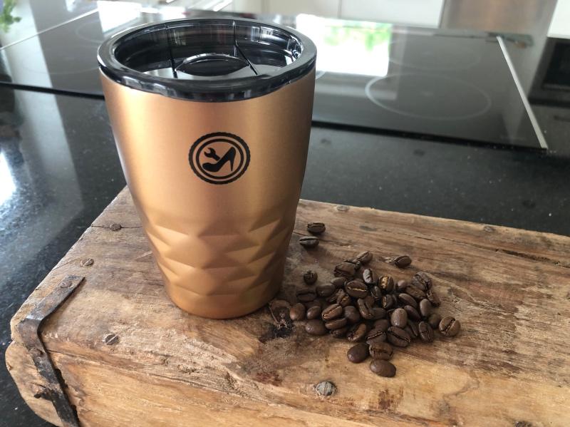 Vores TO-GO kaffekrus kan nu købes i shoppen