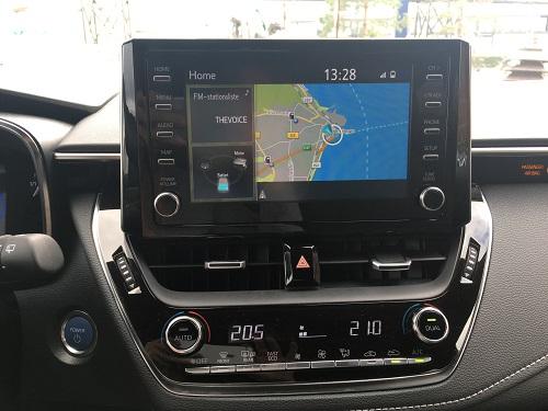 Toyota Corolla Hybrid: Toyota Touch 2 med Go-navigation