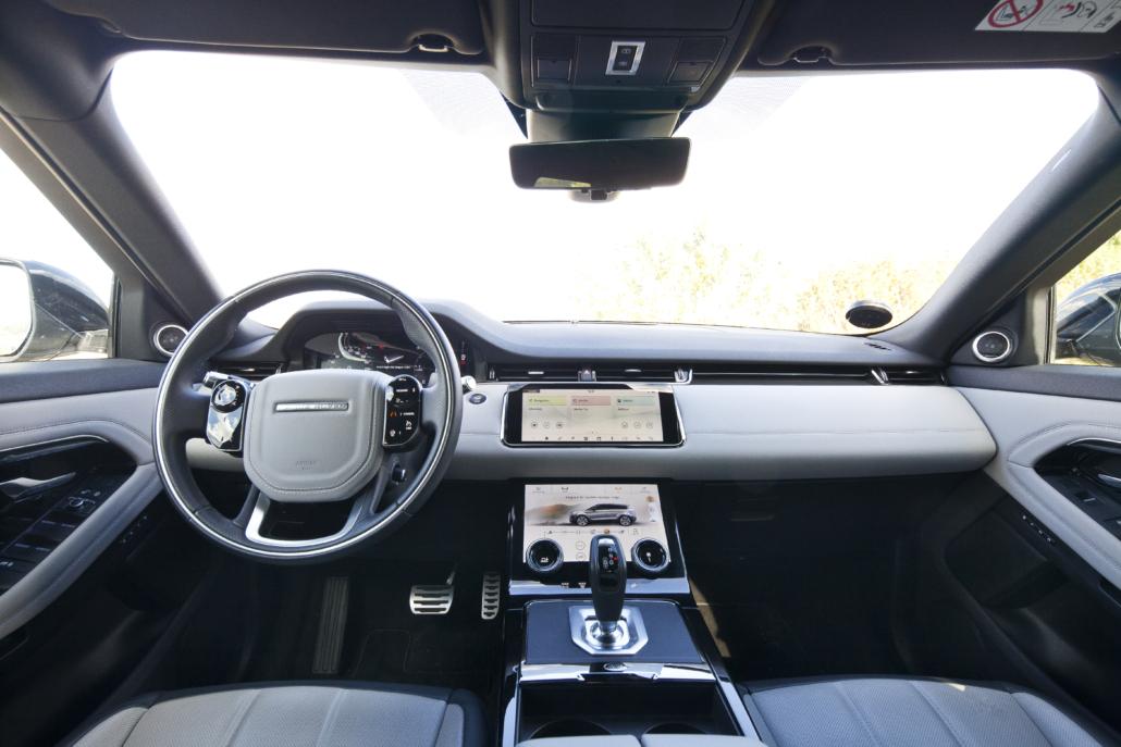 Range Rover Evoque: Lyst interiør og store touch-skærme