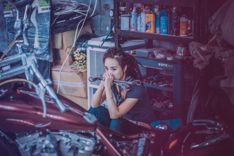 Mekaniker i et stille øjeblik