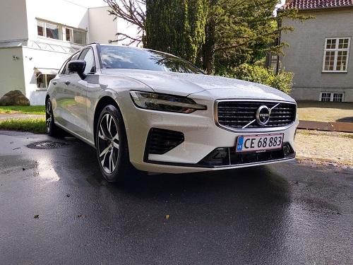 Volvo V60 R-Design forfra