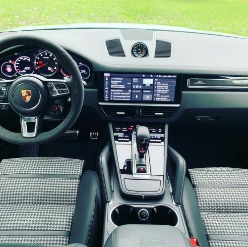 Porsche Cayenne Turbo Coupé kabine