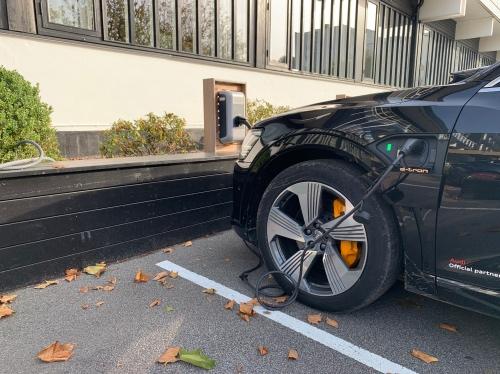 Opladning af Audi e-tron