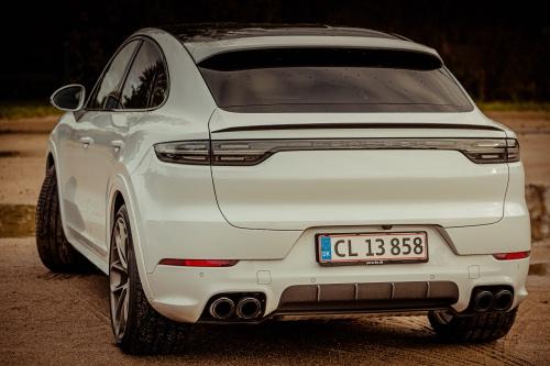 Porsche Cayenne bagende