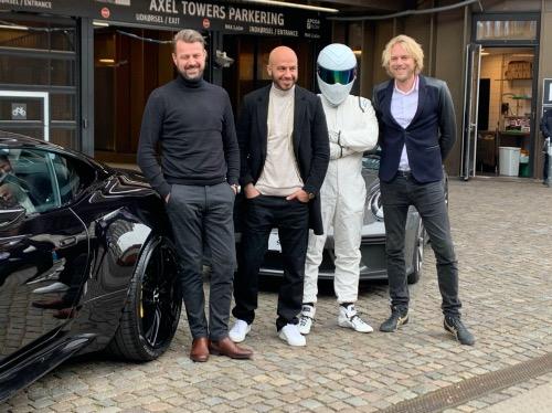 Felix Smith og Top Gear værterne ved Axel Towers