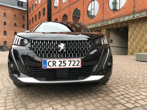 Peugeot 2008 front close up