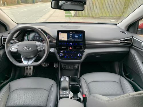 Hyundai IONIQ Electric kabine
