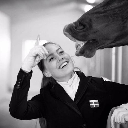 Cathrine Dufour med hest