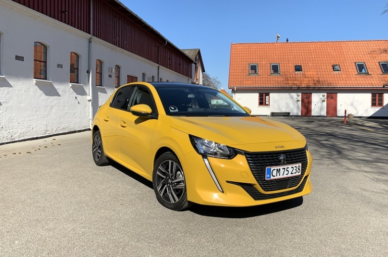ny Peugeot 208 front