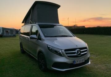 Mercedes-Benz Marco Polo front og med løftet tag