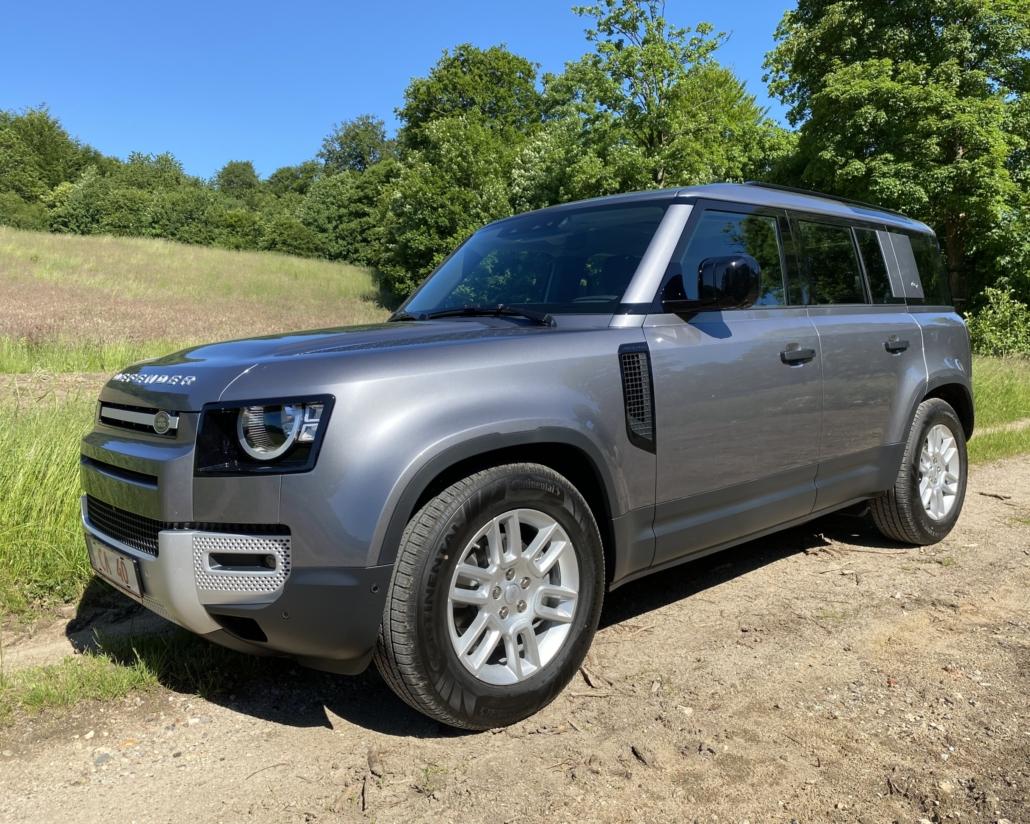 Nye Land Rover Defender fra siden