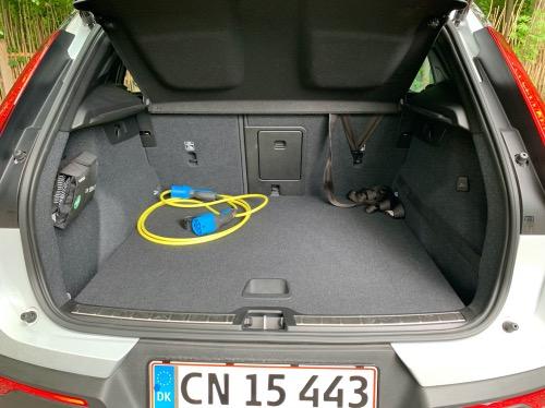 XC40 bagagerum