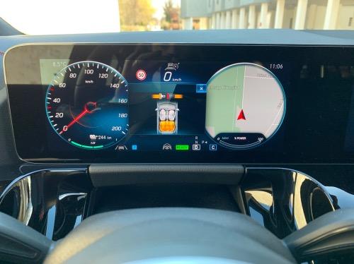 Navigation er lækker i Mercedes EQA